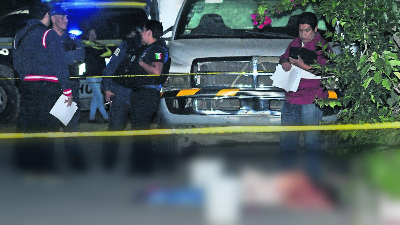 abandonan cadáver baleado en Neza edomex