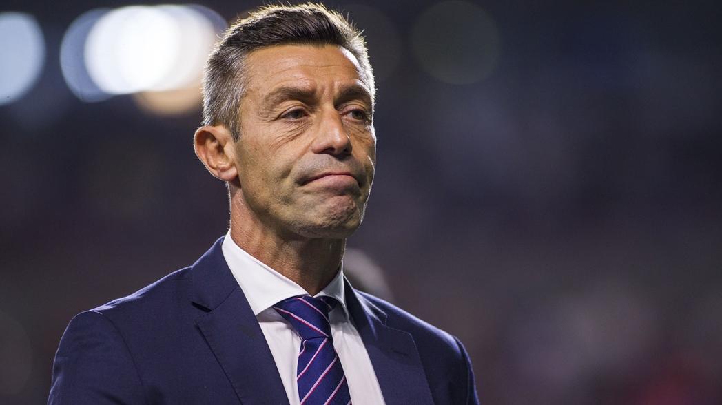 Pedro Caixinha no es más el DT de Cruz Azul