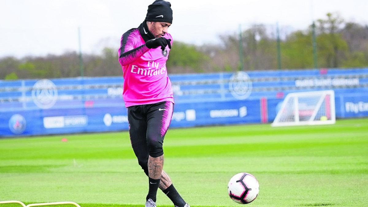 Neymar sufre su estancia en el PSG propietarios frenan su salida