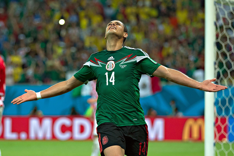 Javier Hernández con la selección mexicana en Brasil 2014