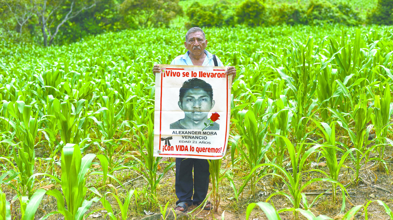 ayotzinapa desaparecidos 43 estudiantes guerrero investigaciones amlo