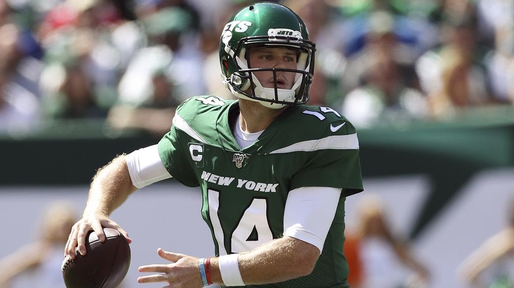 El joven quarterback de segundo año sabe de lo delicado de la enfermedad