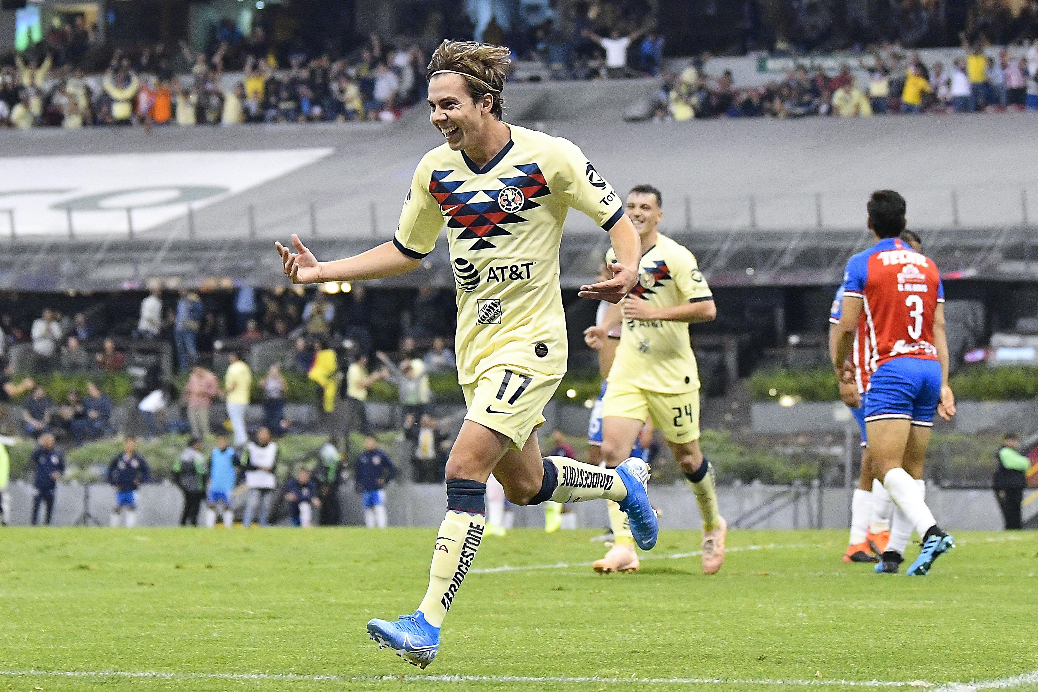 Sebastián Córdova, en la mira del Benfica