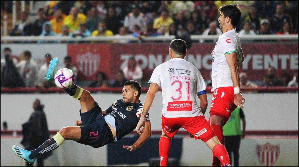 Con gol de chilena, el América rescata empate ante Necaxa