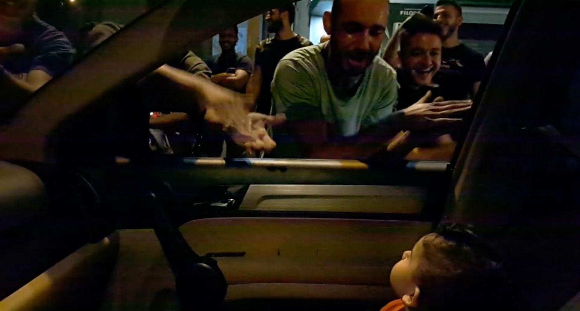 Baby Shark bebé manifestación Líbano