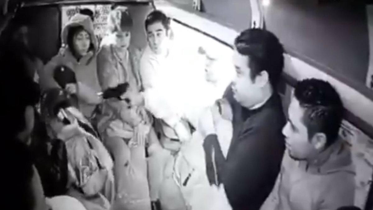 Sujeto armado asalta pasajeros combi Edomex