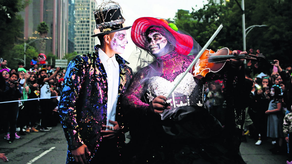día de muertos desfile catrinas