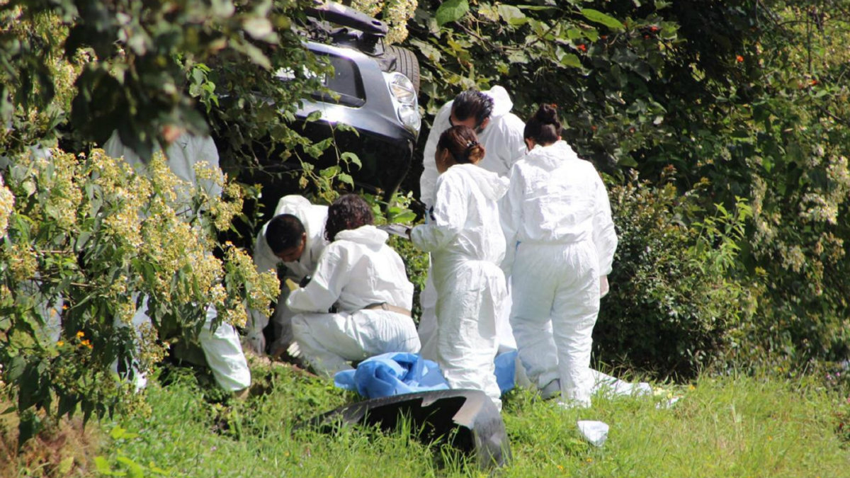 Empleados del Tribunal Electoral sufren accidente y una joven pierde la vida, en Morelos