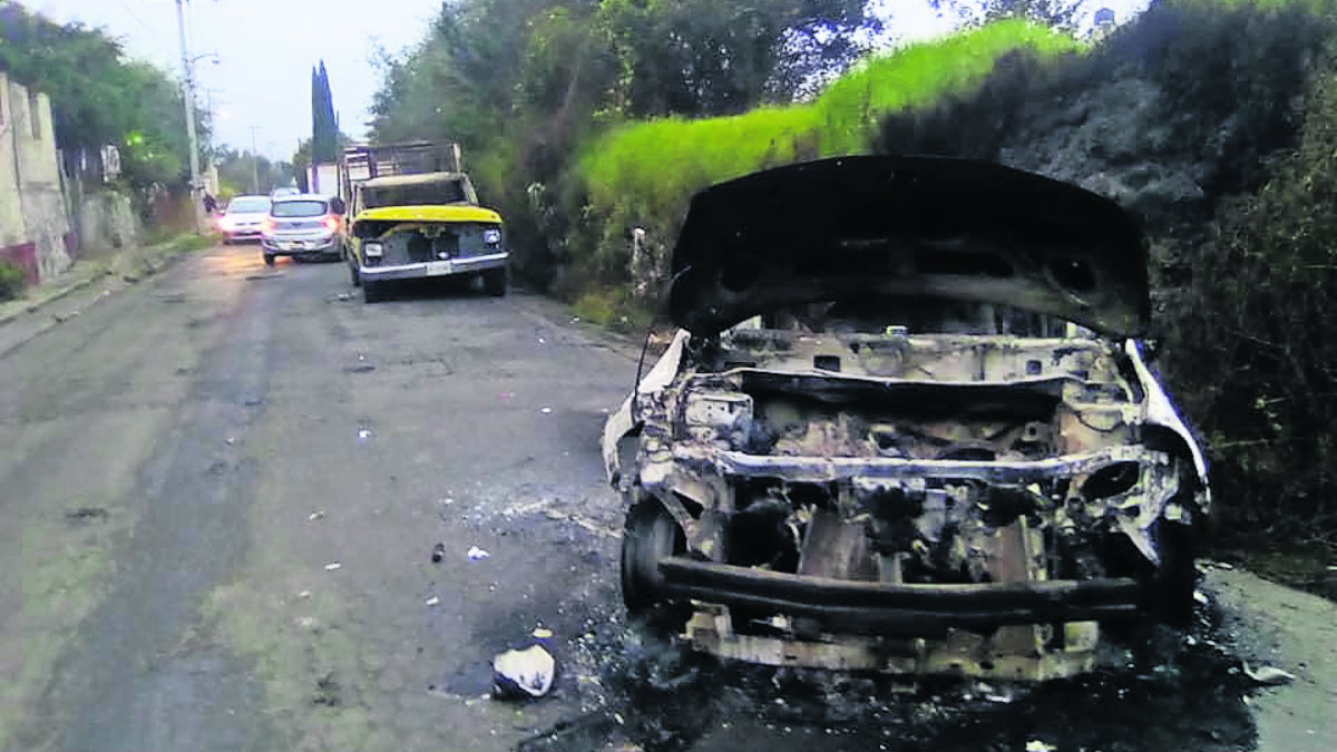 intentan robar vaca retienen ladrones queman vehículos toluca