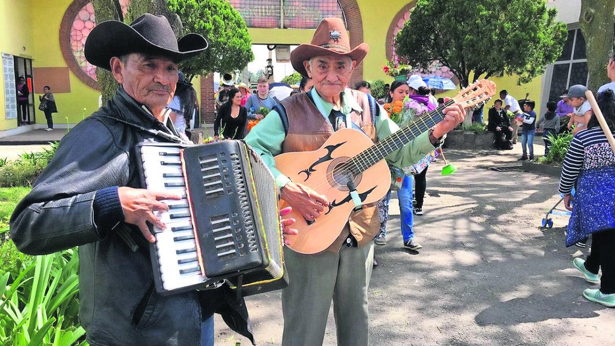 Músicos mexiquenses canciones difuntos