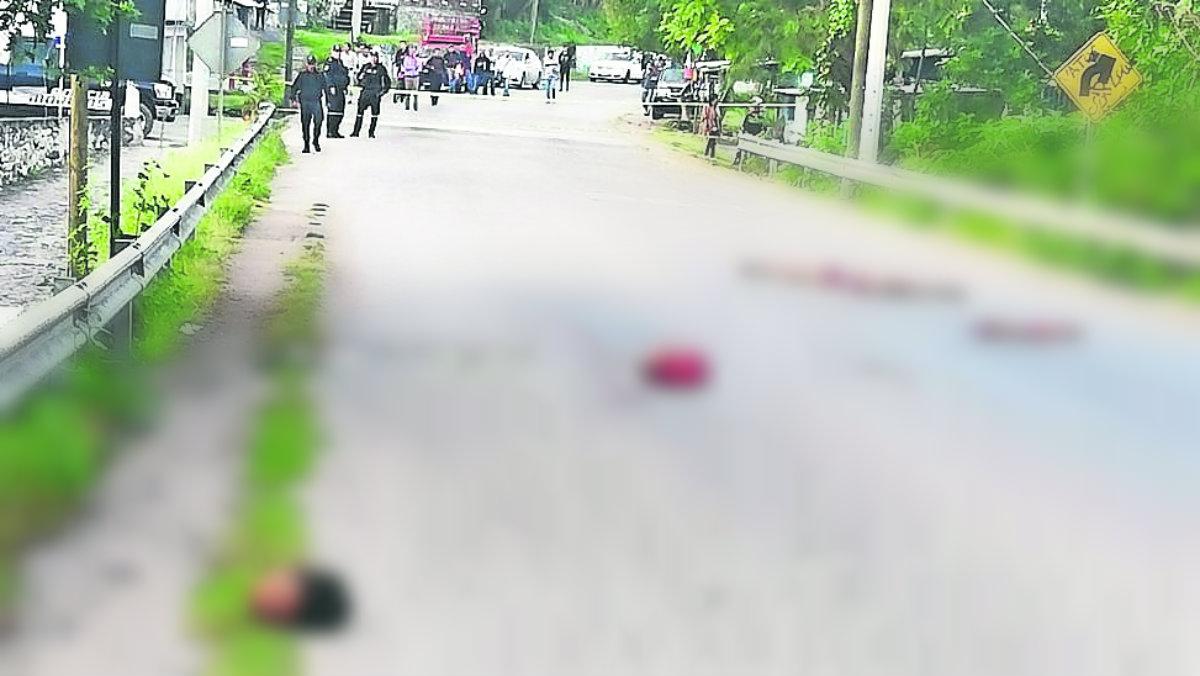 ejecutado matan decapitan destazan hombre tiran restos carretera tlaltizapán tatuajes arrancan piel