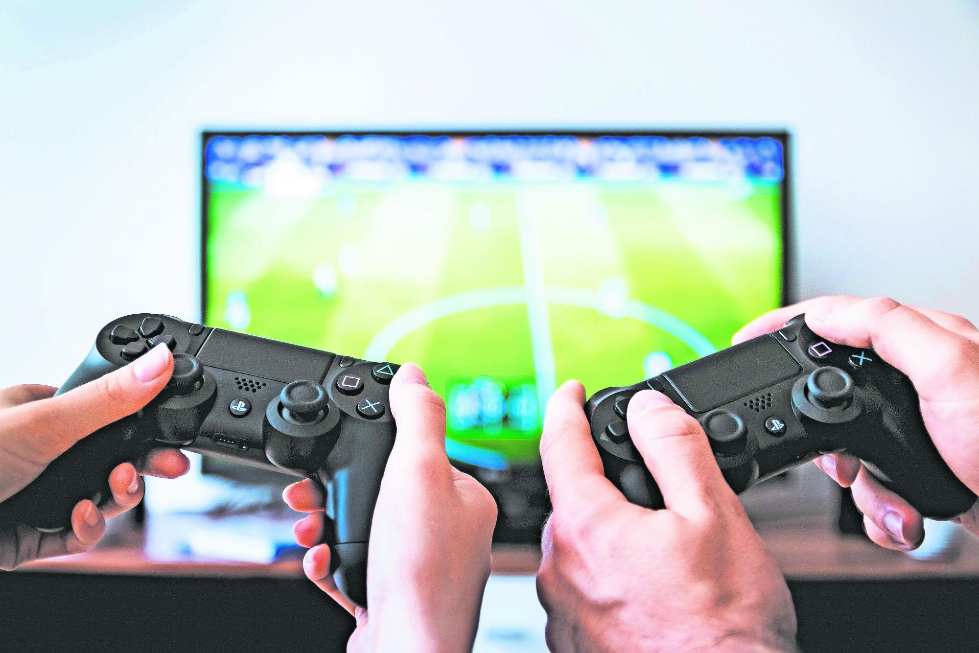 Adolescente tailandés muere por lesiones en el cerebro tras jugar mucho tiempo videojuegos