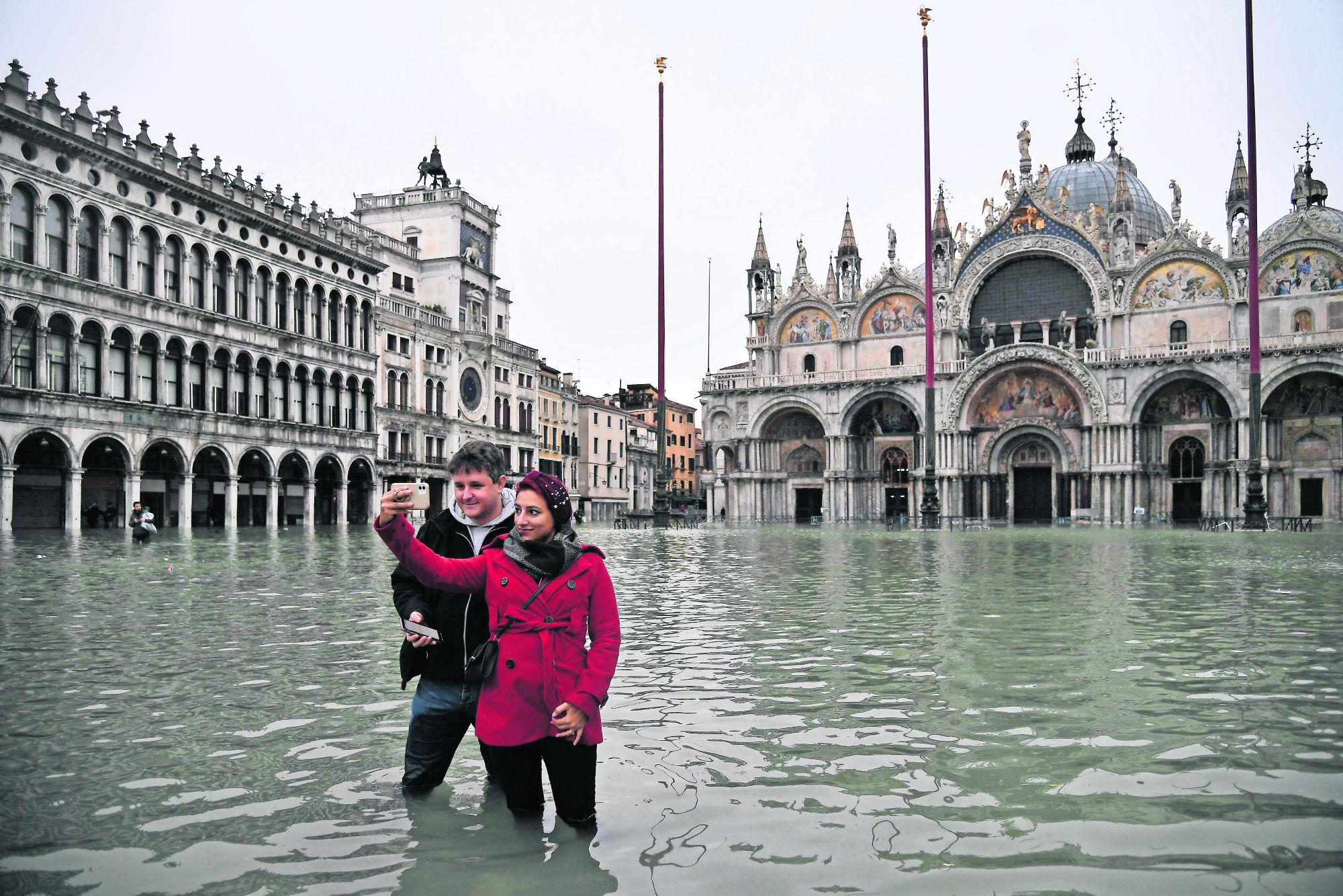 Marea Venecia muertos basílica de San Marcos