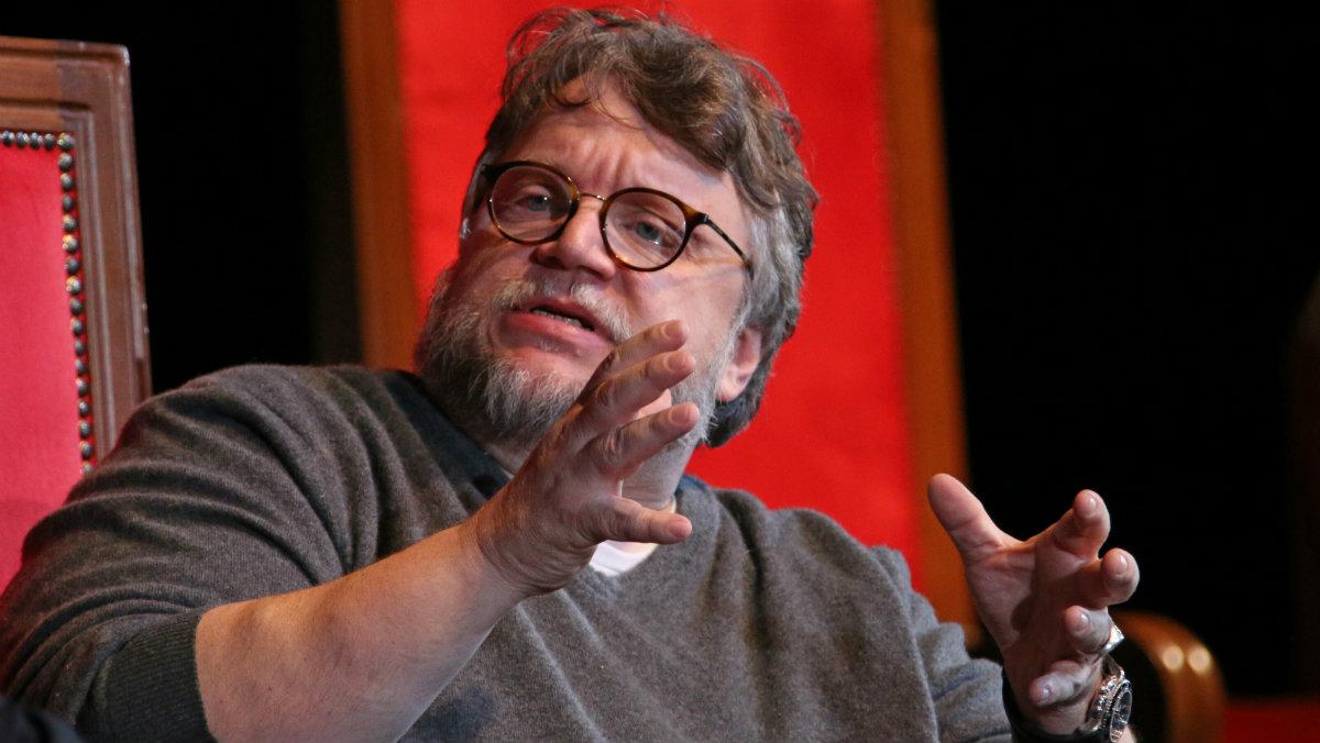 Guillermo del Toro empresa cervecera