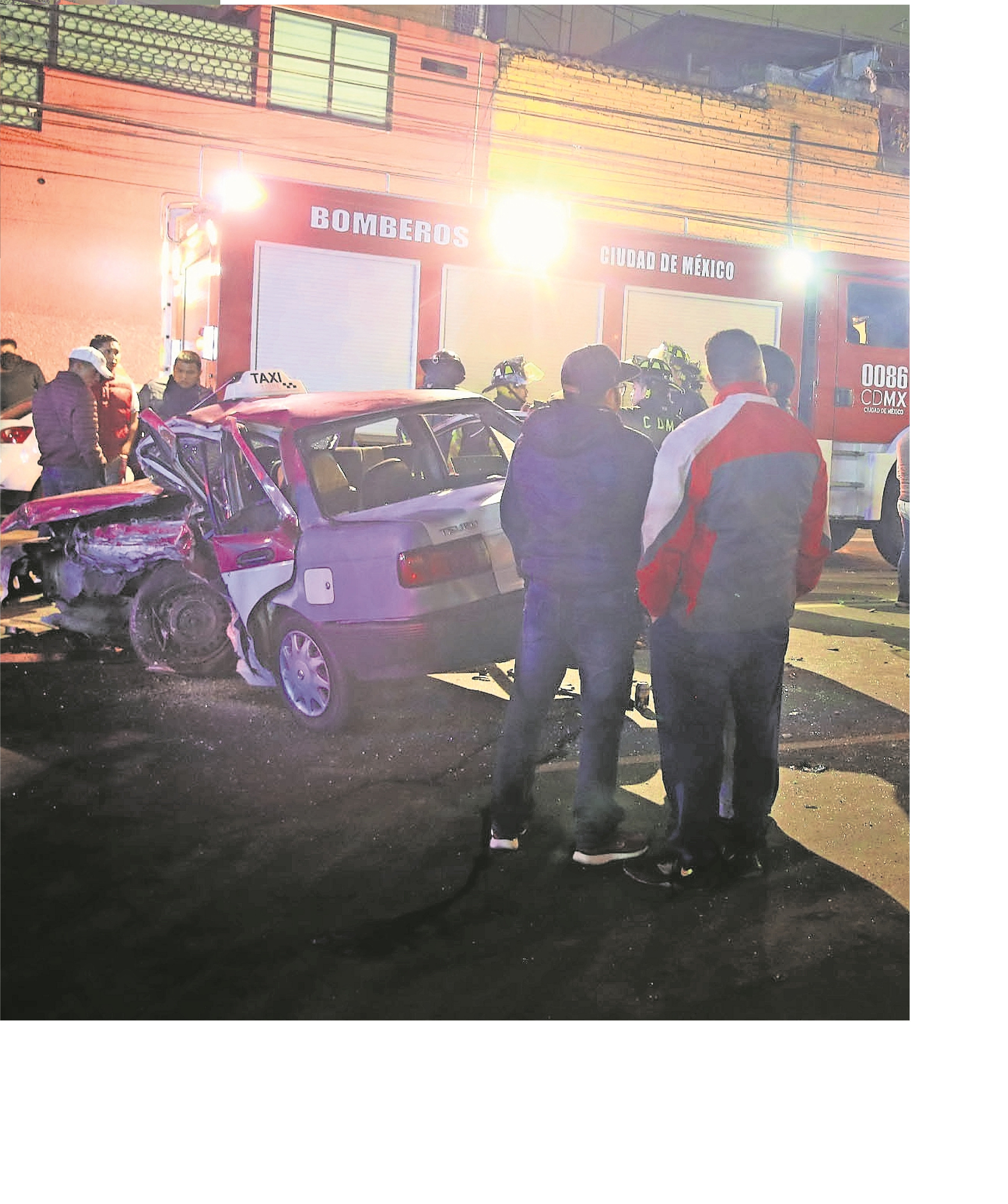 mujer muere choque frontal taxi cdmx