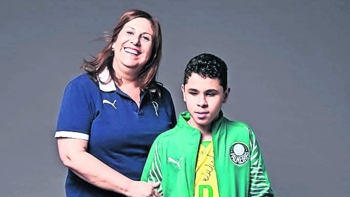 Silvia Grecco, la madre que le narrará la final de la Copa Libertadores a su hijo ciego
