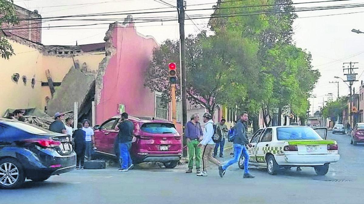 camioneta choca contra casa ruinas centro de toluca