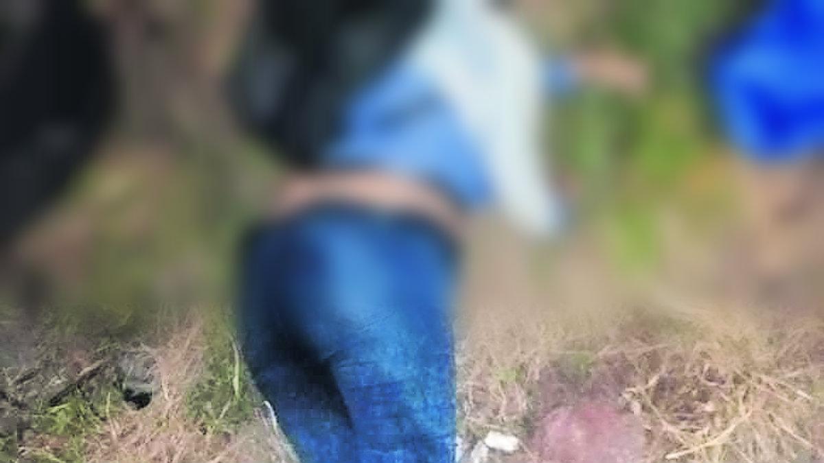 Asesinan a golpes a una mujer y abandonan su cuerpo en terreno baldío del Edomex