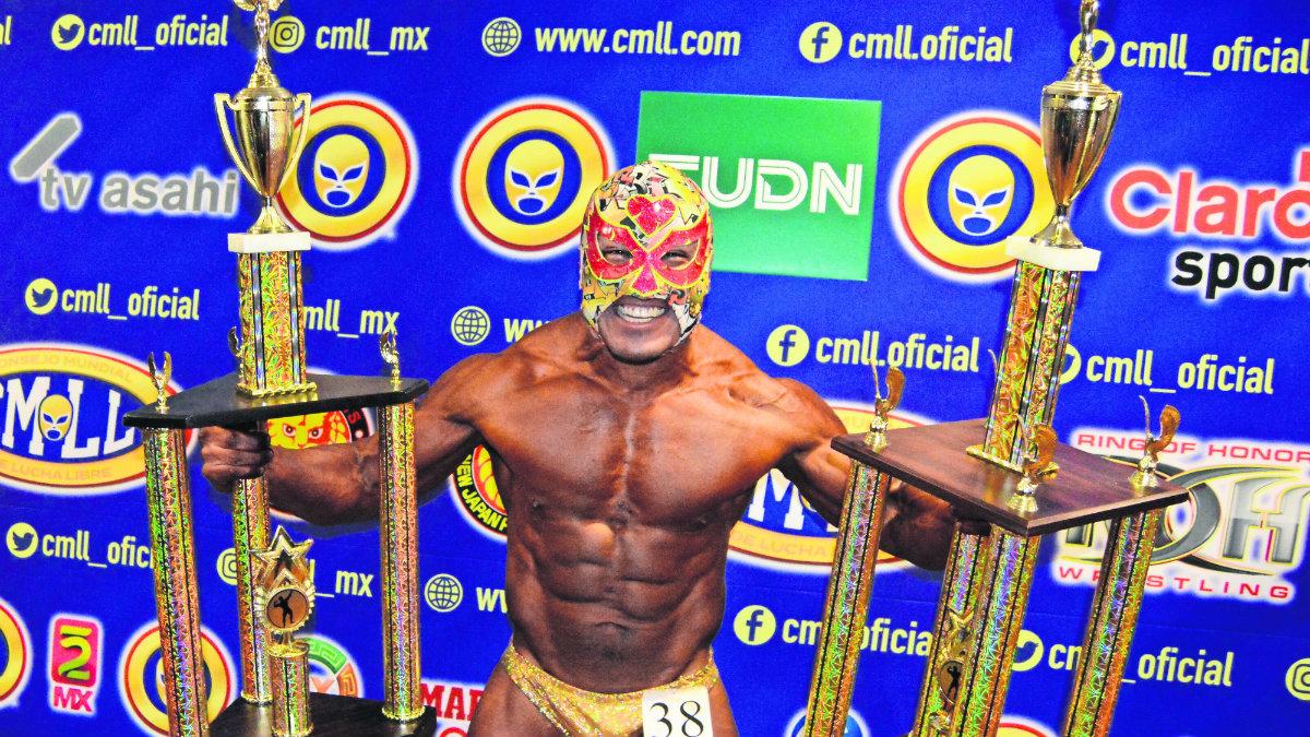 ¡Fortachón poderoso! Ángel del Amor conquista a la Arena México y se convierte en Mr. CMLL