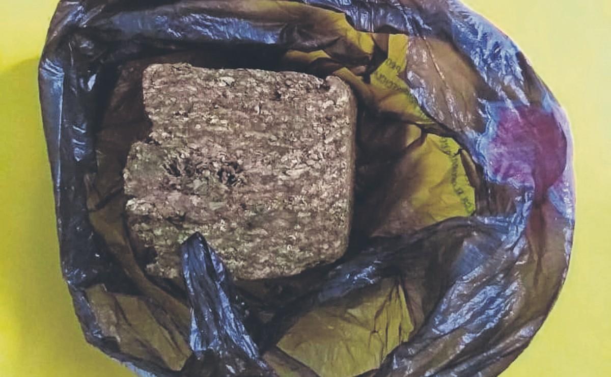 Detienen a minusválido con 27 dosis de 'cristal' y 4 bolsas de marihuana, en Morelos