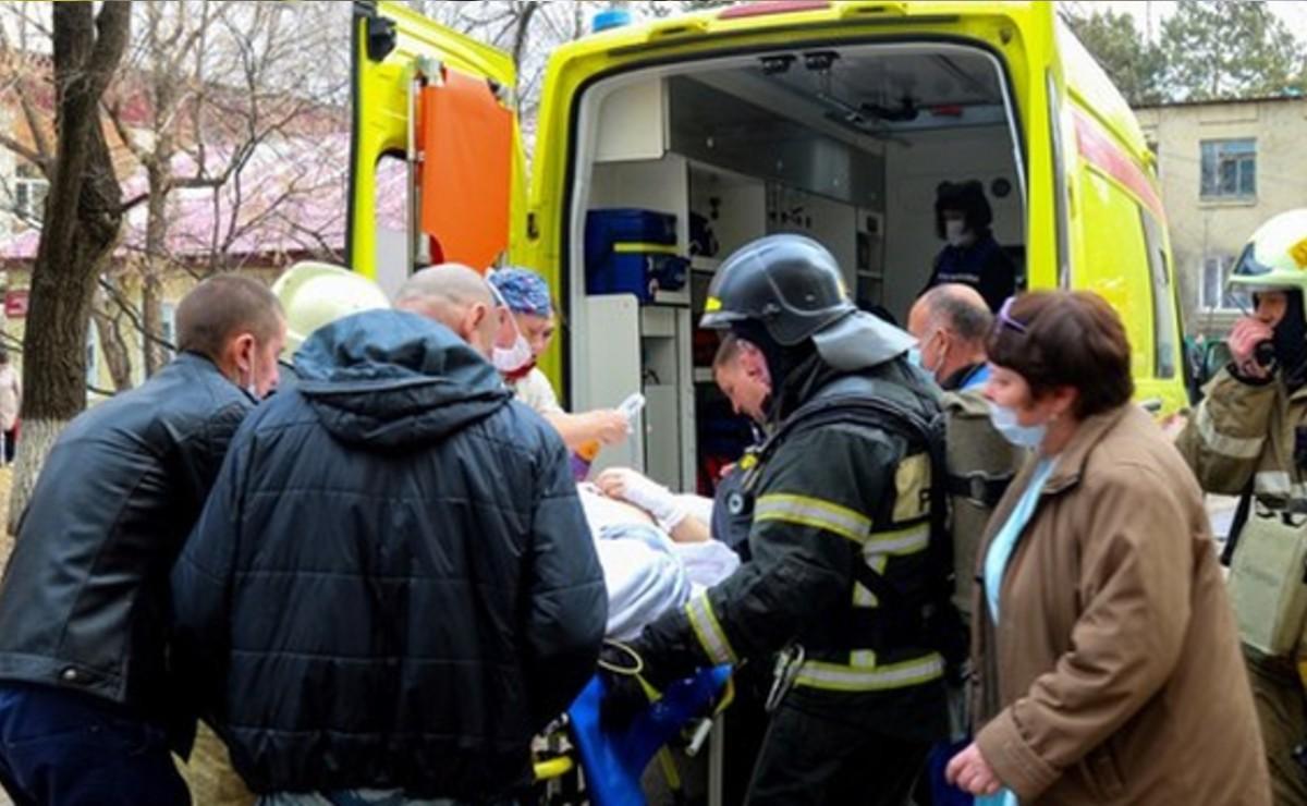 Cirujanos logran operación a corazón abierto en medio de un hospital incendiándose