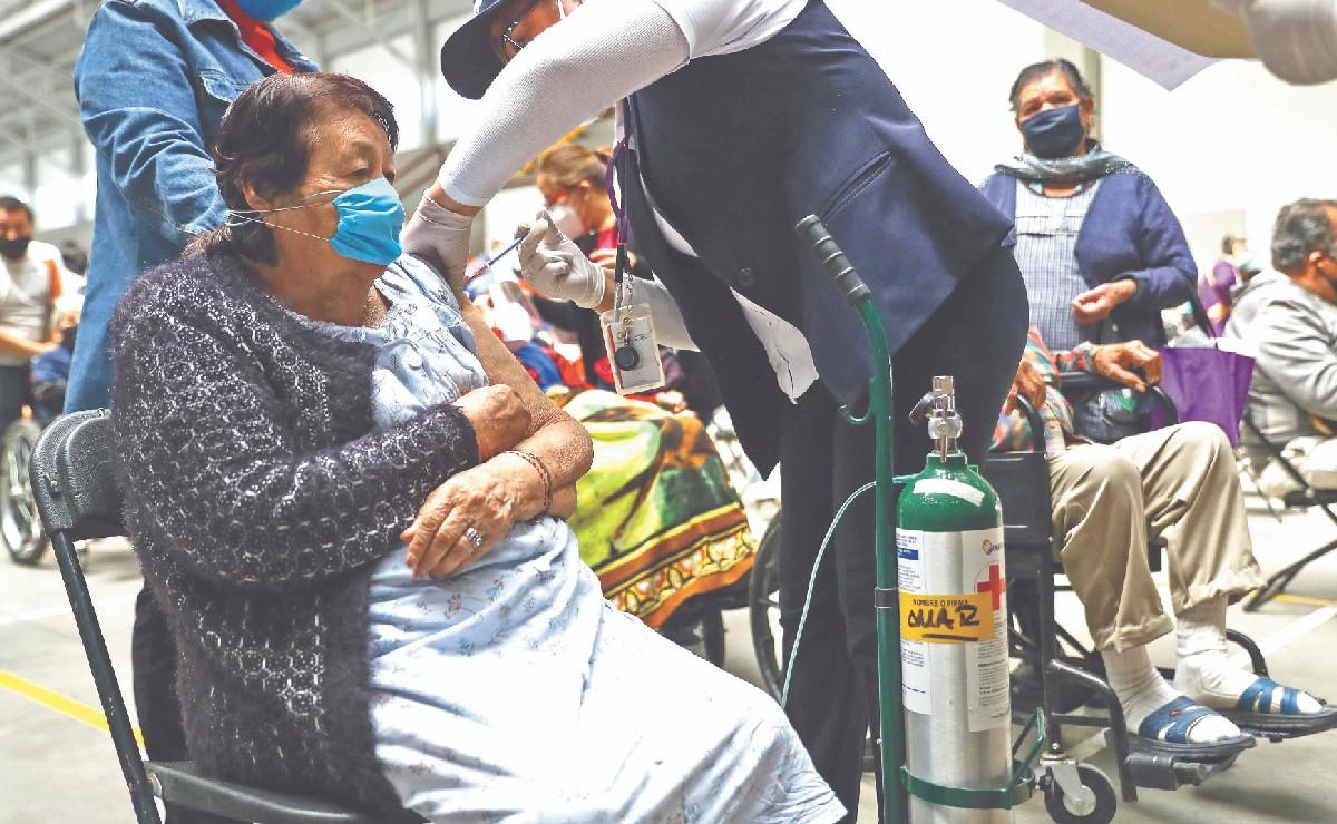 ¿Quiénes serán los siguientes en vacunarse contra el Covid? México alista plan para mayo