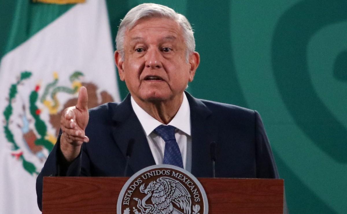"""AMLO acusa que oposición busca la mayoría en Cámara de Diputados para seguir con """"moches"""""""