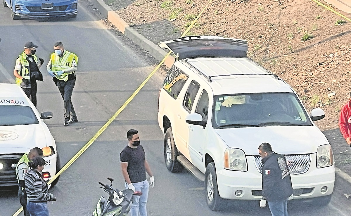 Motociclista muere en choque en la Texcoco-Lechería, al caer se golpeó en la cabeza