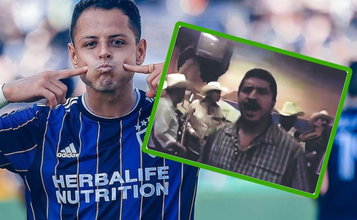 """Le componen corrido a """"Chicharito"""" Hernández, tras causar fervor con el Galaxy"""