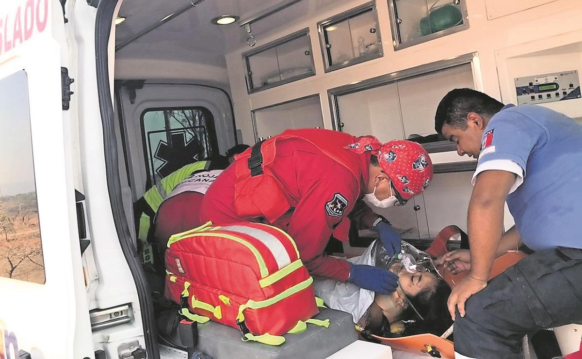 Pareja se arroja de un puente en el Estado de México, uno de ellos murió
