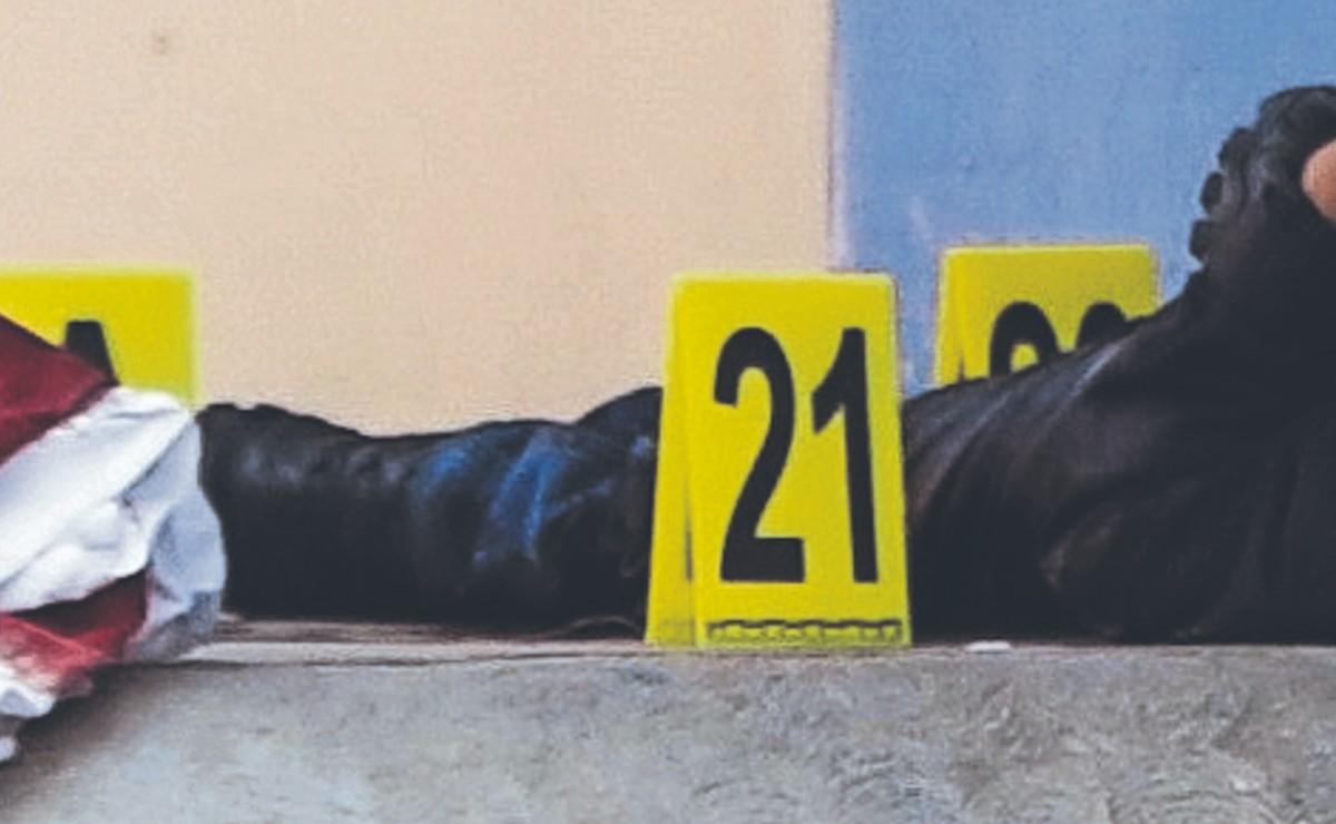 Asaltante asesinado por su víctima era policía que no aprobó control de confianza, en Edomex
