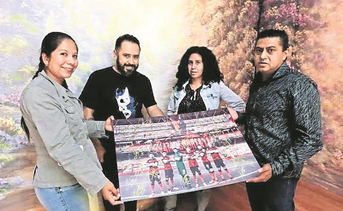 Periodistas en Edomex rifan fotografía del Club Deportivo Toluca, muchos están sin trabajo
