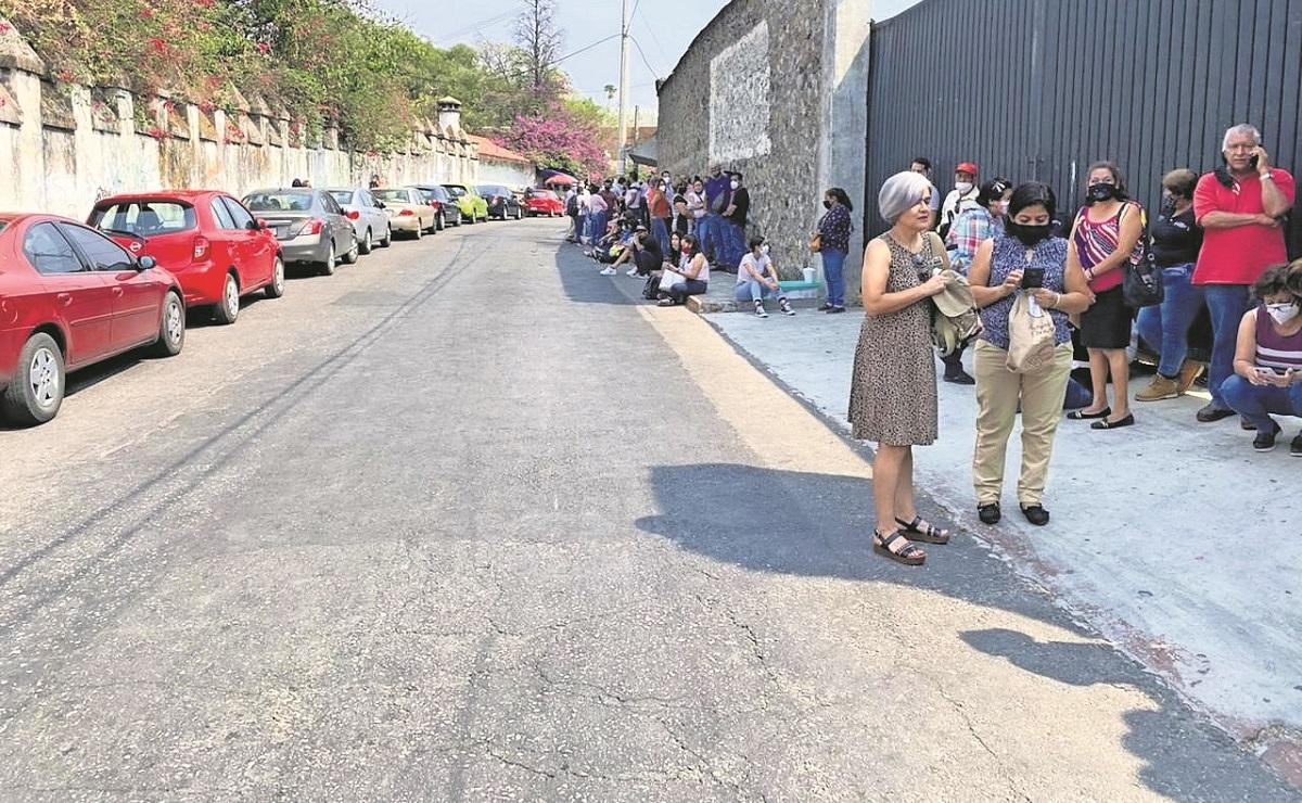 Tras alarma de bomba, desalojan edificio Papagayo de Cuernavaca
