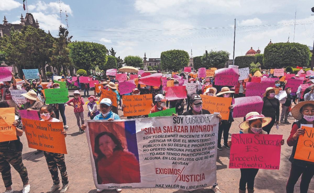 Piden libertad de la custodio sentenciada a 30 años de cárcel por fuga de reos, en Edomex
