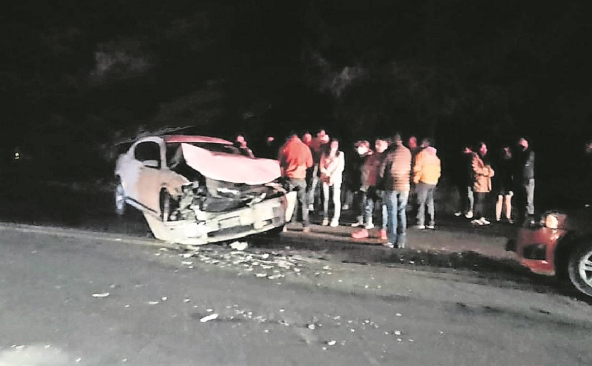 Conductor en estado de ebridad provoca choque, manda a 4 pasajeros al hospital en Edomex