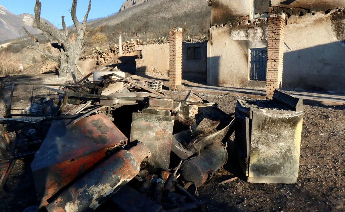 Hombre queda atrapado en incendio, su casa quedó en cenizas en el edomex
