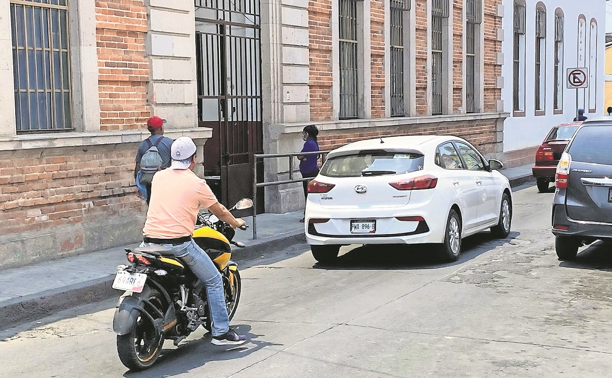 Autoridades piden poner filtros de tránsito para poder vender motocicletas en Morelos