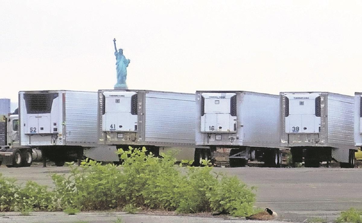 Cuerpos de víctimas por Covid llevan más de un año en camiones frigoríficos de Nueva York
