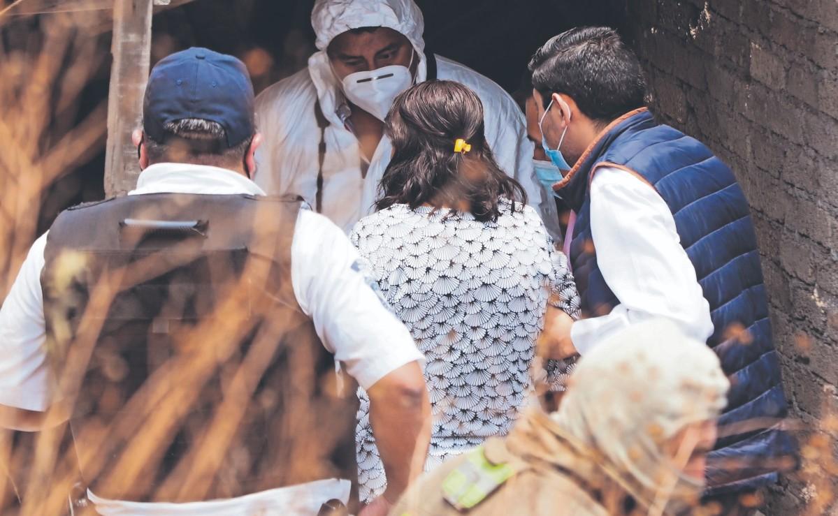 Vecinos hallan cadáver de un hombre con golpes en el rostro, en un cerro de Tlalnepantla