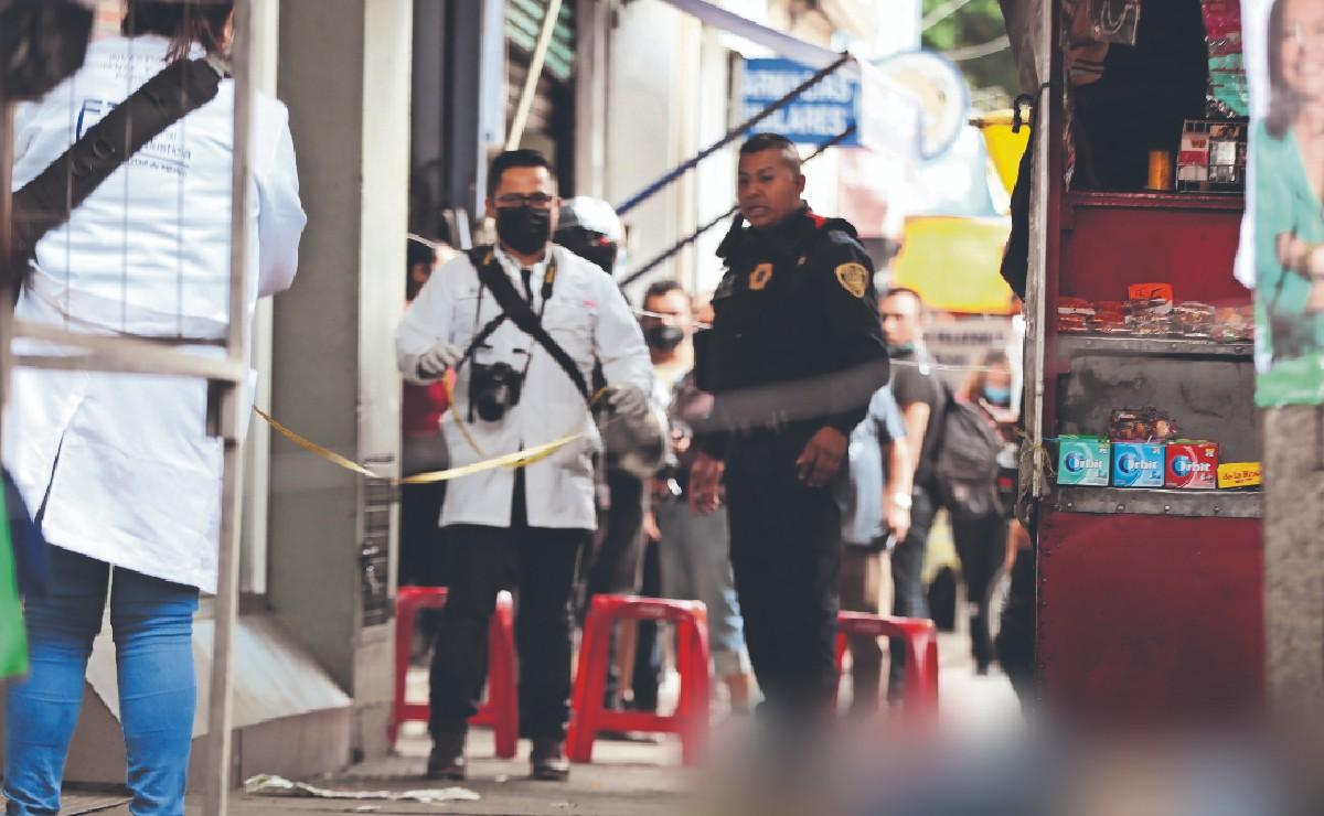 """Asesinan a """"El Chabelo"""" en las inmediaciones del Metro Guelatao, en la Ciudad de México"""