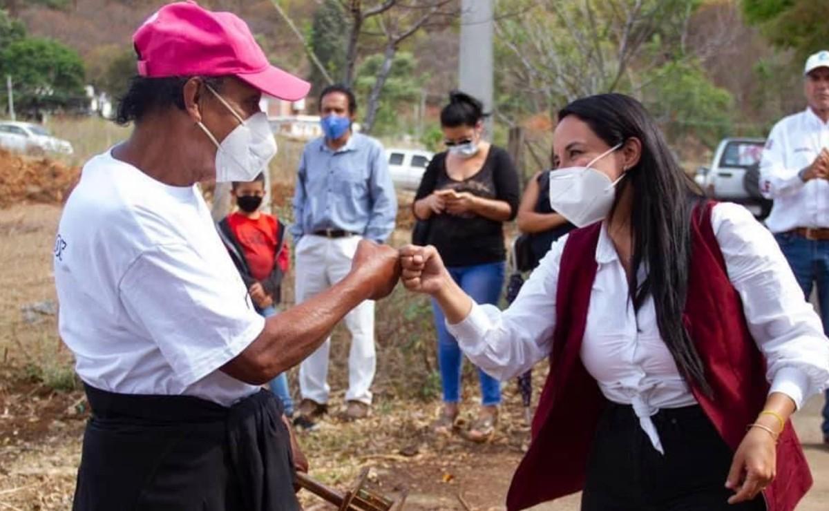 """Candidata de Morena propone crear """"Defensoría de la tierra"""" en Valle de Bravo, Edomex"""