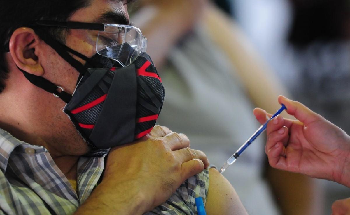 Amplían vacunación contra Covid a sector educativo en Edomex, solo serán estos dos módulos