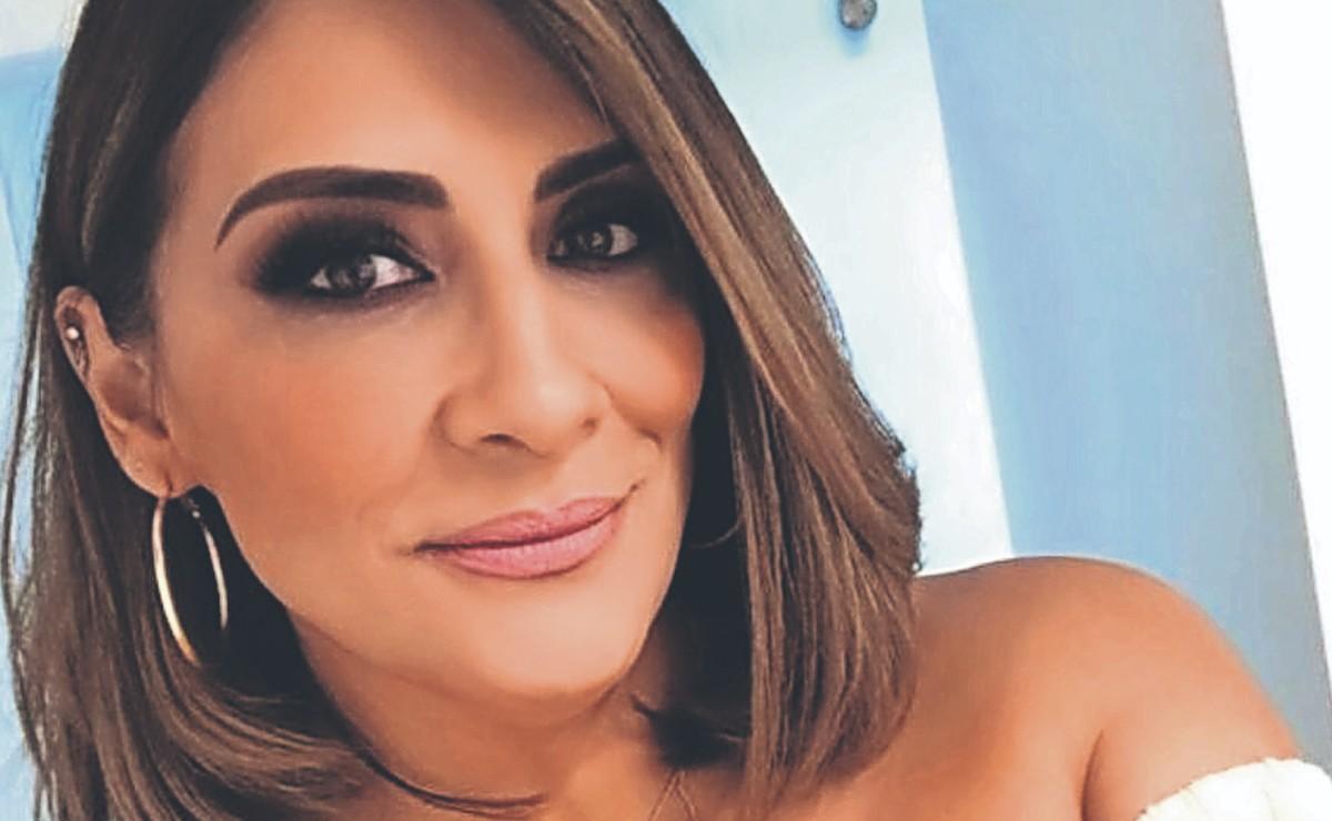 Azalia Ojeda reaparece en redes sociales y esto es lo que dijo sobre su detención