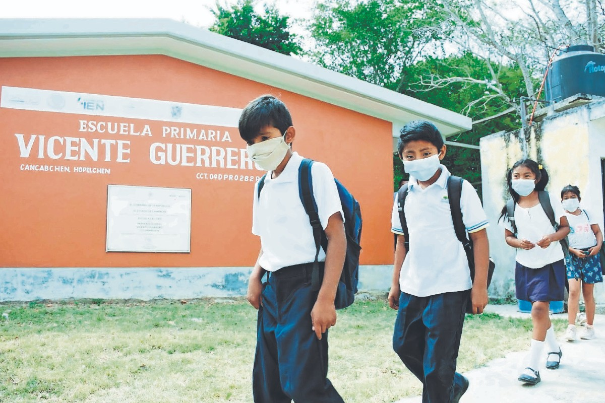 Padres de familia en México no están de acuerdo con el regreso de sus hijos a las aulas
