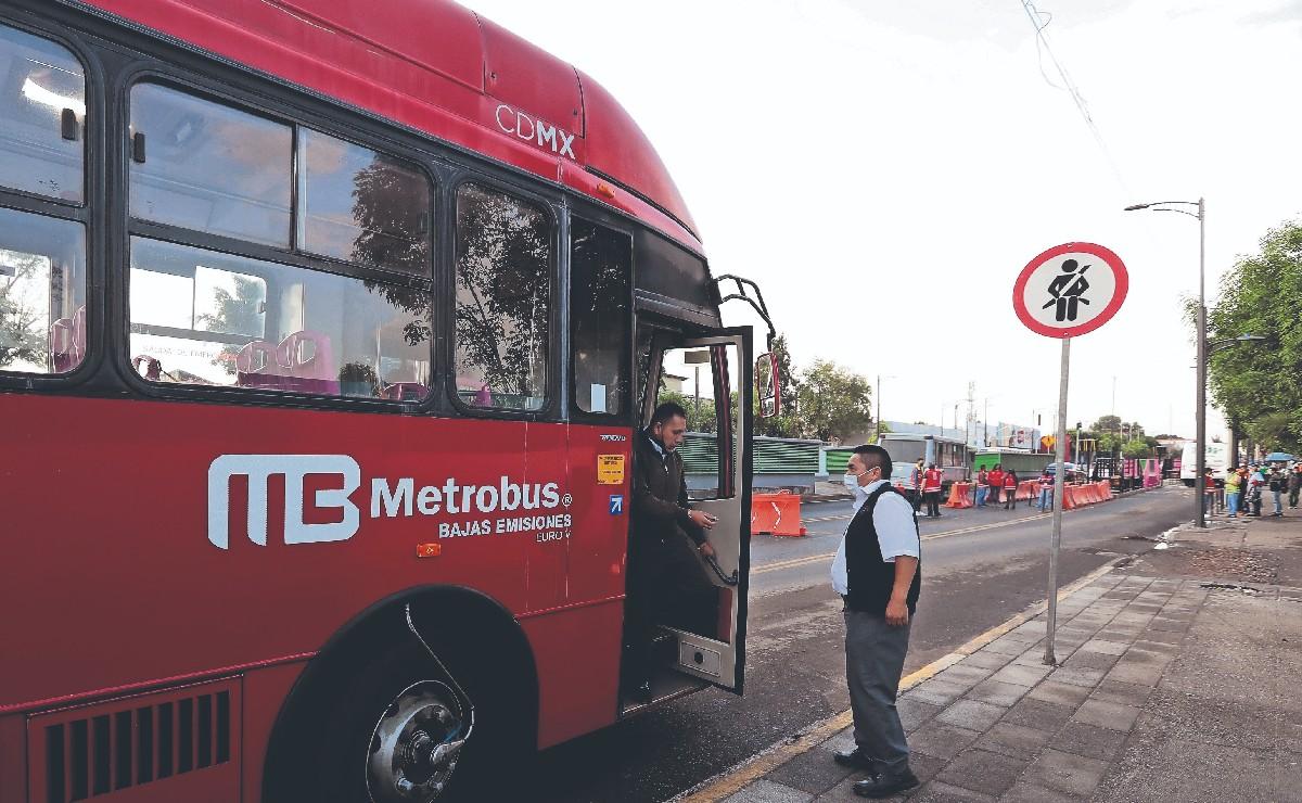 Inicia operación línea emergente del Metrobús tras colapso de L12 del Metro, así funciona