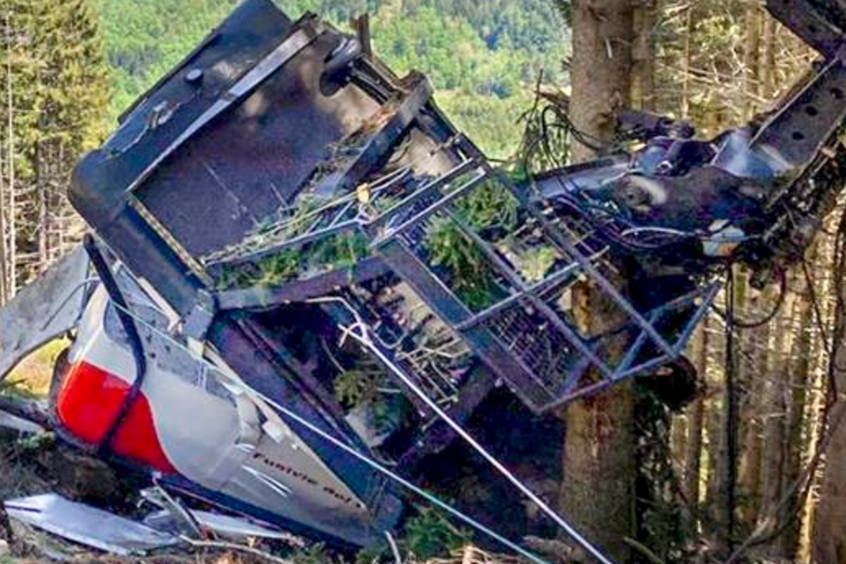 Revelan foto de Eitan, antes de la muerte de su familia en colapso de teleférico en Italia