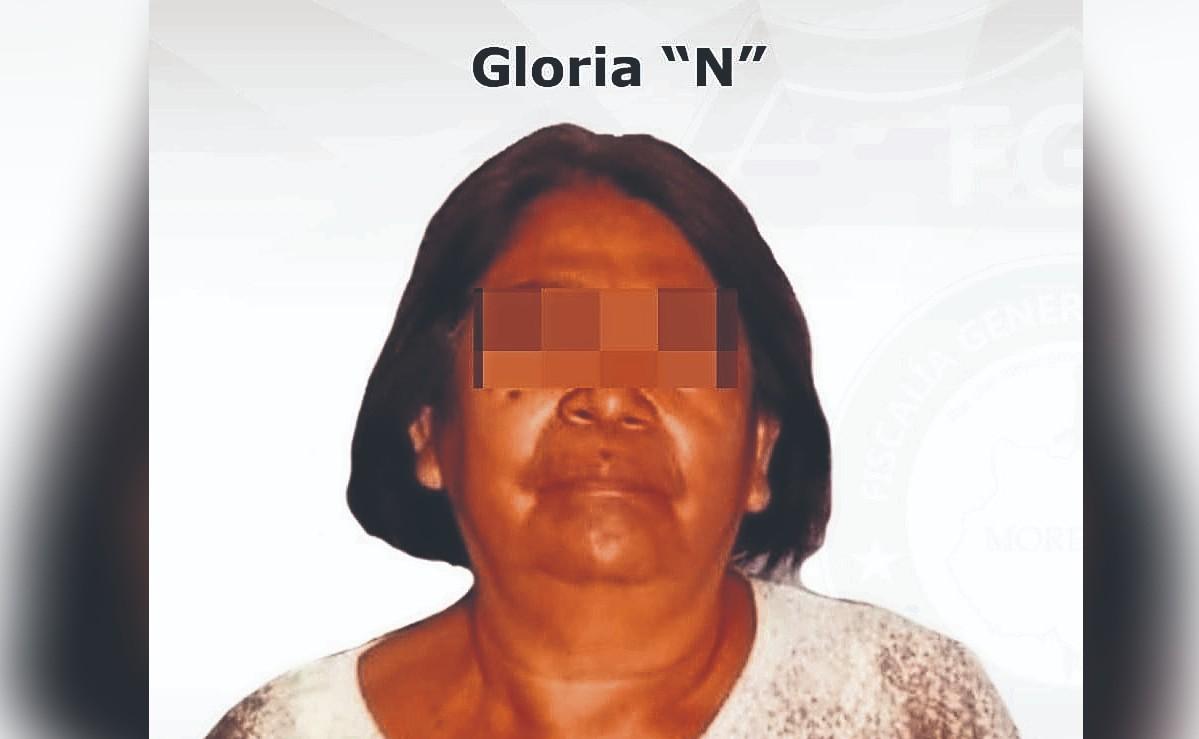Doña intentó quemar panal de abejas pero incendió un negocio y ya la agarraron, en Morelos