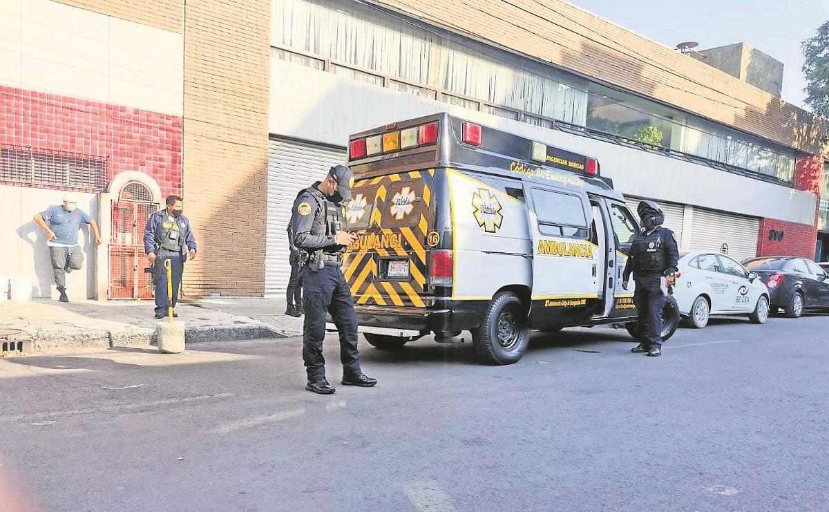Agentes impiden que ladrones entren a robar a empresa de dulces en la alcaldía Cuauhtémoc