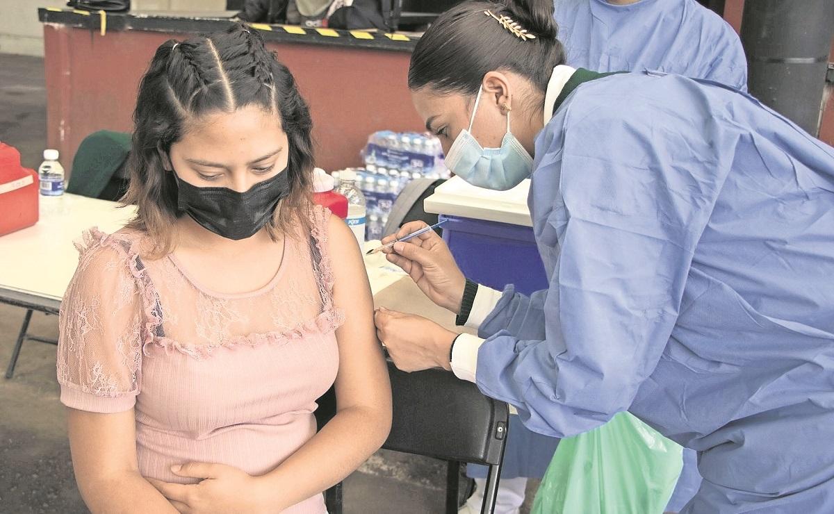 Vacunación a adultos de 40 años y más iniciará en Coyoacán, Cuajimalpa y Contreras