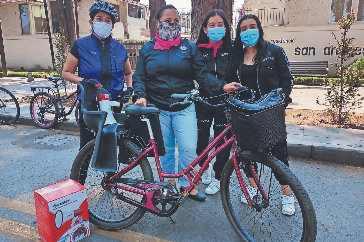 Mujeres ciclistas buscan que candidatos apoyen la movilidad sustentable, en Edomex